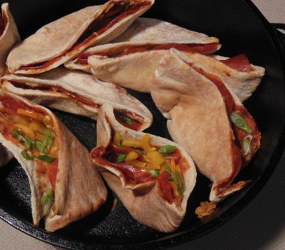 dutch oven pocket pizza recipe